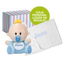 Conjunto bebé, incluye muñeco babyyo más arrullo personalizado. Bordado.